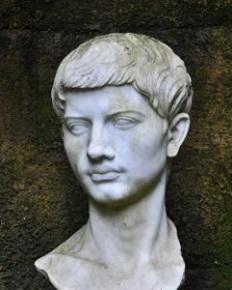 Busto-di-Virgilio.jpg
