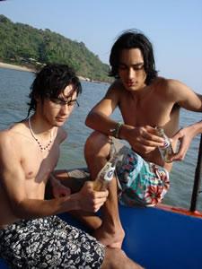 guptara twins boat goa